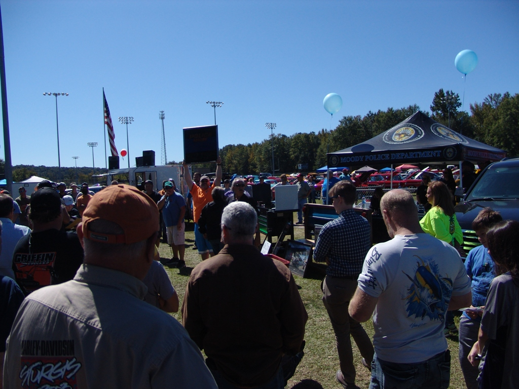 2020 10th annual cruising for a miracle 17