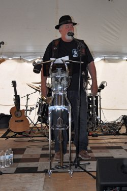 Pastor Bob welcomes bikers