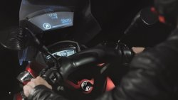 Samsung Introduces Smart Windshield for Motorcycles
