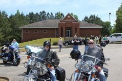 Parade Ride For Heflin Nursing Home                 (Ride & Pictures By: Bernie McMichael)